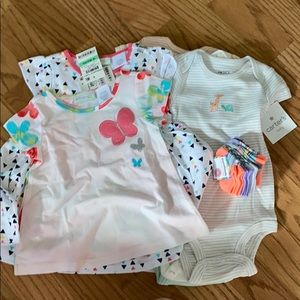 Brand New Bundle of Girls Clothes fm 3 mo.-18 mo
